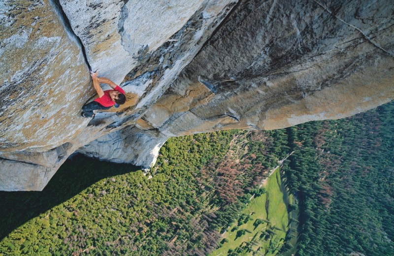 900 метров к небу без страховки: фри-соло Алекса Хоннолда