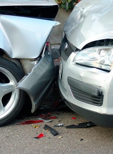 Отчеты, пожары, сервисы: как не пожалеть о покупке битой машины