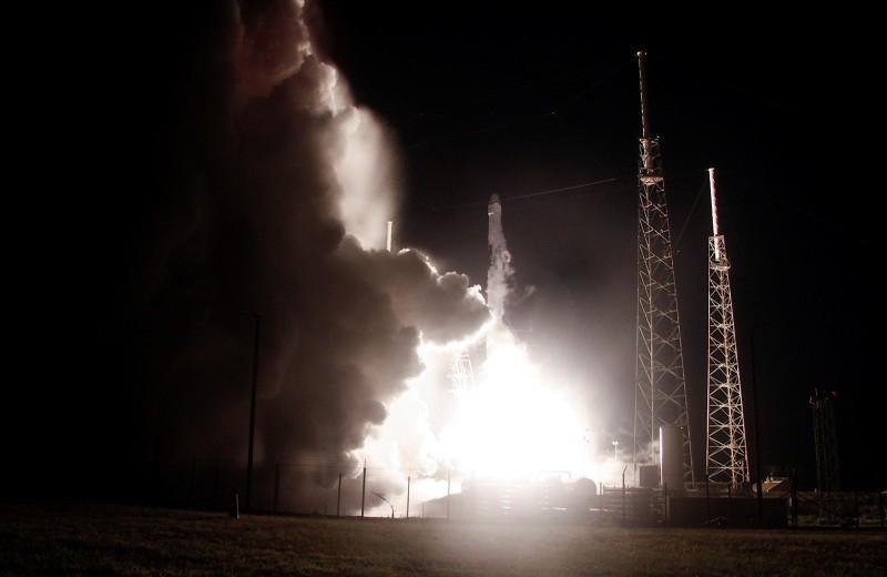 Что ждать от интернета Маска: SpaceX вывела на орбиту сразу 60 спутников связи