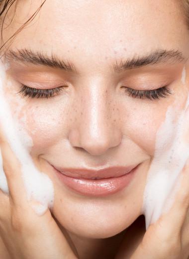 Как очистить жирную кожу лица: советы косметолога