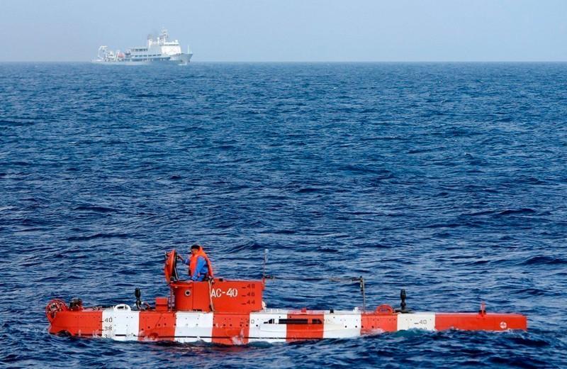 Источник назвал короткое замыкание одной из версий причин пожара на аппарате в Баренцевом море