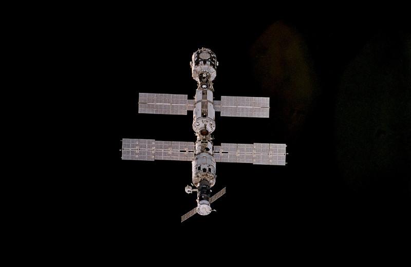 Жизнь после МКС: куда летать космонавтам с 2025 года