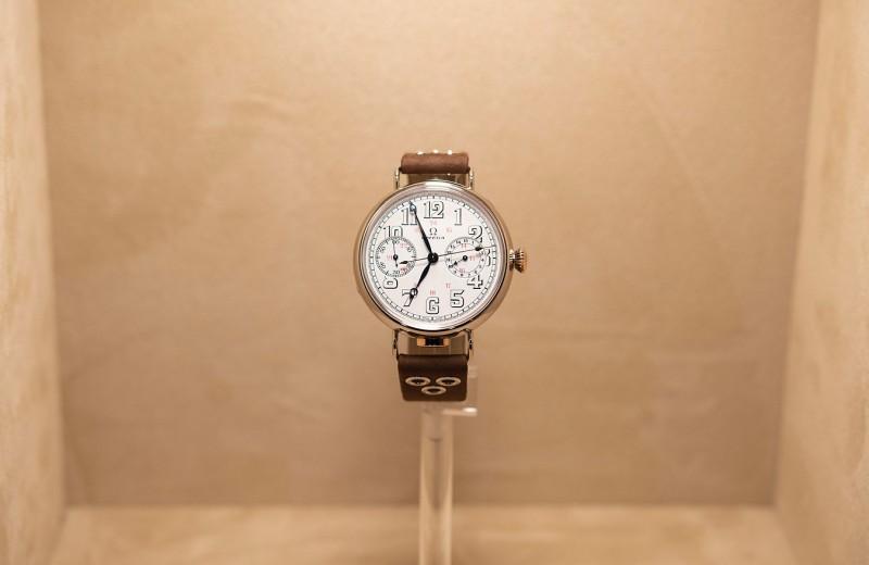 История возрождается: Omega выпустила уникальные часы с механизмом 1913 года