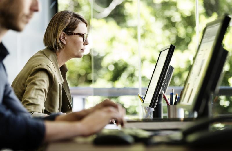 Вернуть себе амбициозность: как Тори Берч и Мина Харрис борются с неравенством в бизнесе