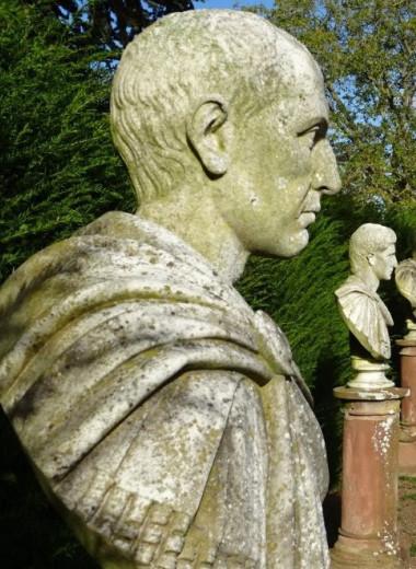 Как и когда умирали императоры Римской империи? Ученые вывели интересную закономерность