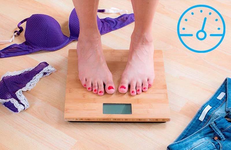 Как и когда правильно взвешиваться, чтобы узнать точный вес