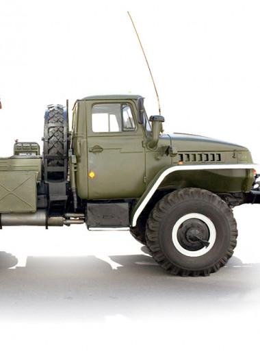Почему у советских грузовиков такие странные колеса