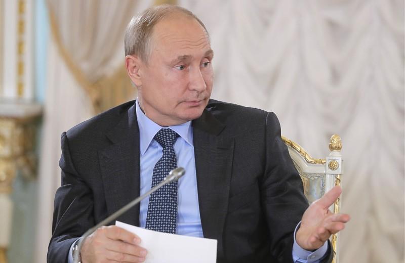 «Либеральная идея себя изжила окончательно». Что сказал Путин в интервью Financial Times