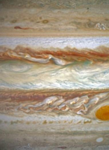 Раскрыта загадка полярных сияний на Юпитере