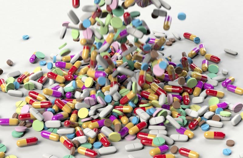 Антибиотики оказались опасны для младенцев