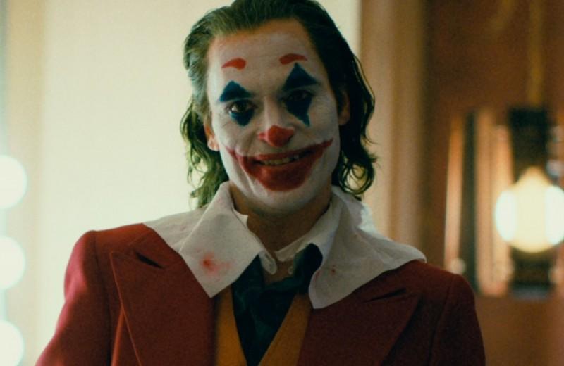 Хоакин Феникс рассказал оработе надролью вновом фильме «Джокер». Критики хвалят игру актера