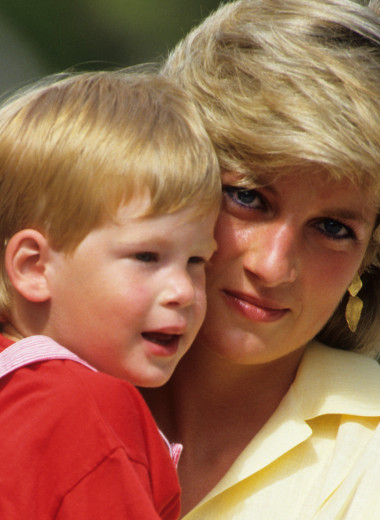 Видит в ней Диану: почему принц Гарри связал свою жизнь именно с Меган Маркл