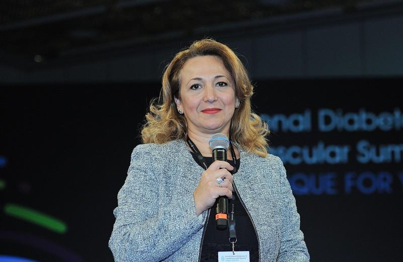 «Гендерное разнообразие — двигатель на пути к инновациям»: 6 правил настоящего лидера от топ-менеджер «Санофи»