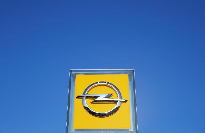 Иногда они возвращаются. Что известно о перезапуске Opel в России
