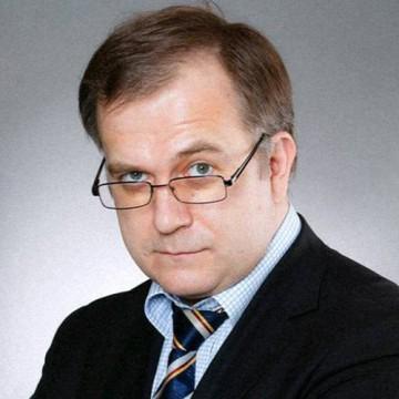 Павел Сурков