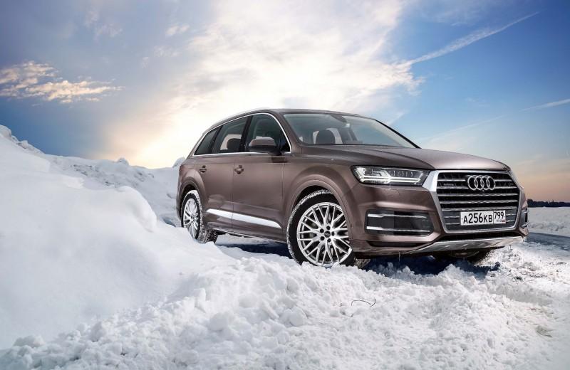 Audi Q7: в деталях