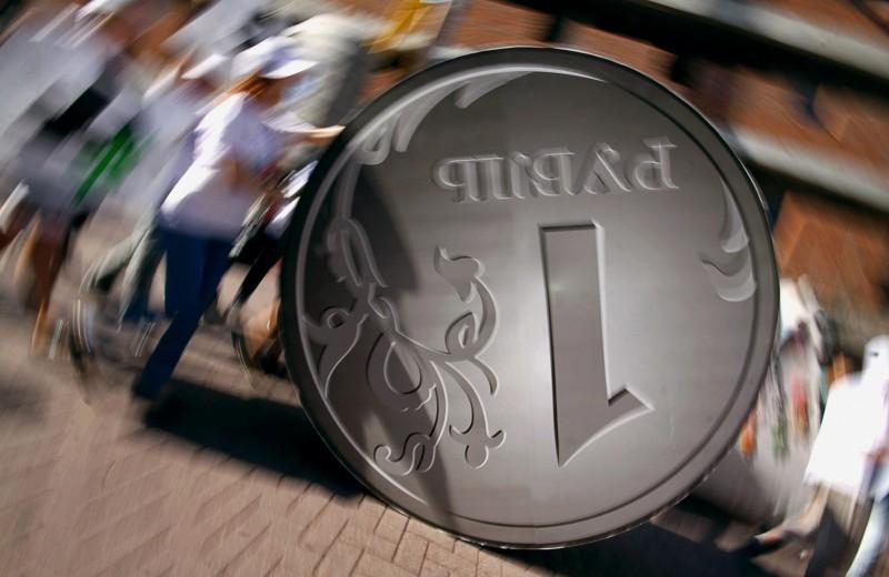 «Долго нарушать законы экономики не получится»