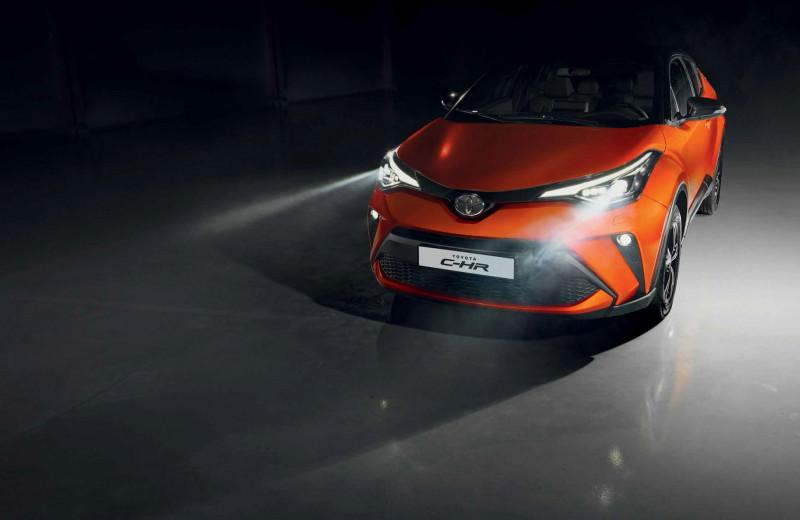 Toyota C-HR. Восторг и недоумение