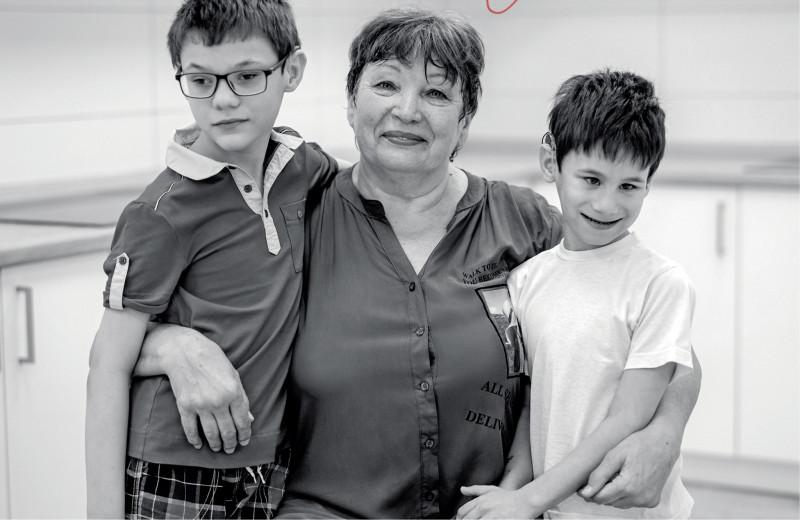 Любовь Рыжкова.Держать за руку: история больничной няни