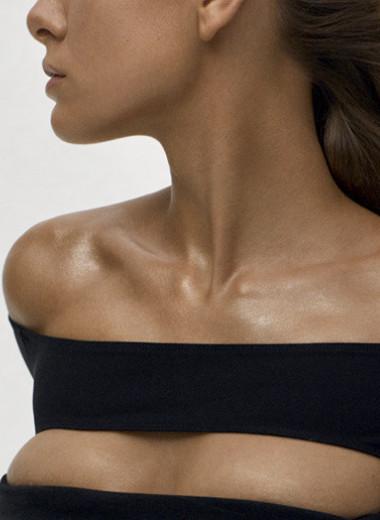 Принять на грудь