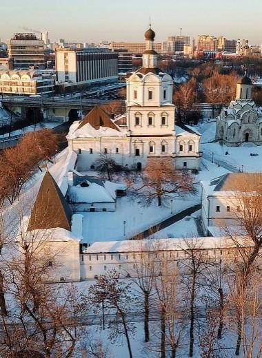 Музей подводят под монастырь