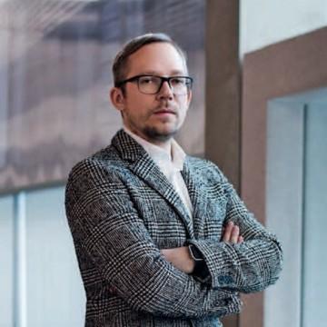 Директор музея «Гараж» Антон Белов делится десятью принципами своего внешнего вида