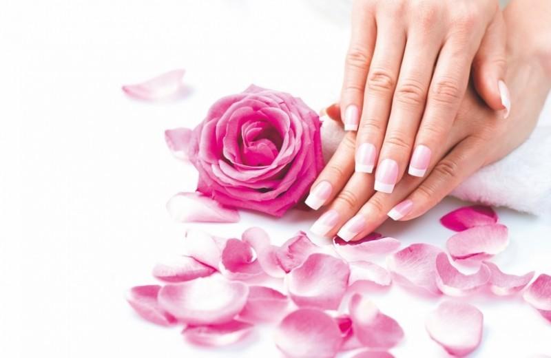 Как ухаживать за ломкими ногтями?