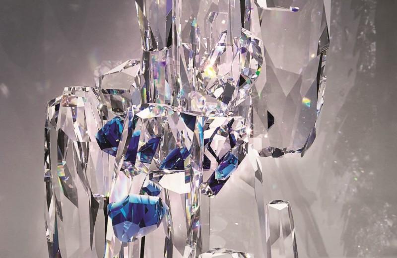 Swarovski: резьба по свету и стеклу