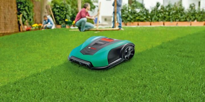 Роботы для ухода за садом