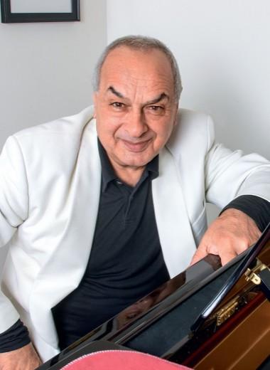 Левон Оганезов. Концертмейстер