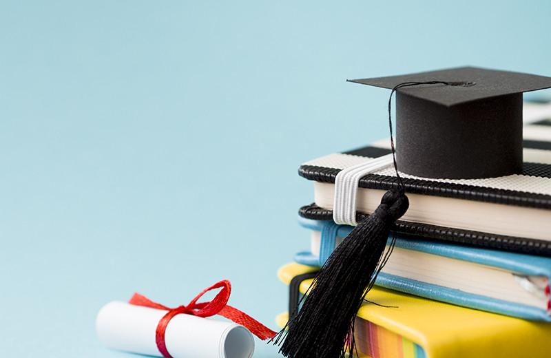 Научиться учиться: рынок образования и труда в цифрах и фактах