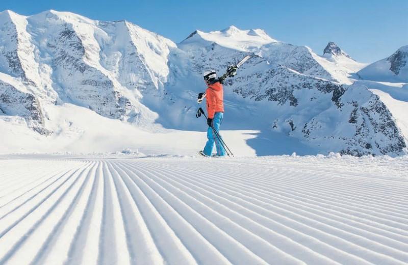 Лучше гор могут быть только лыжи. И сноуборды