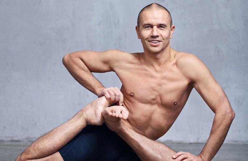 10 самых влиятельных преподавателей йоги в России