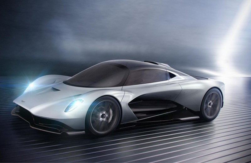 Суперкар Aston Martin AM-RB 003: ближе к народу