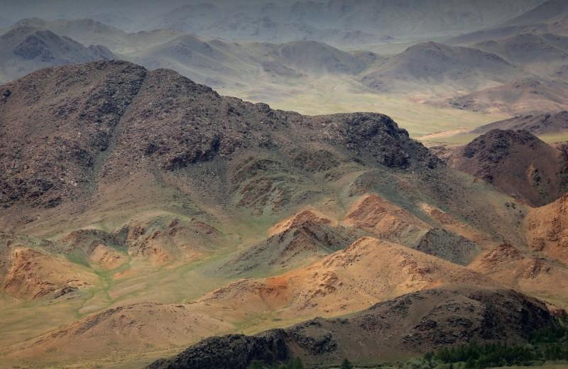 Кто горы наворотил?