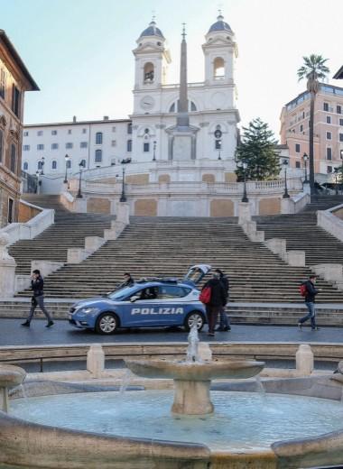 Италия: Репортаж с маской на лице