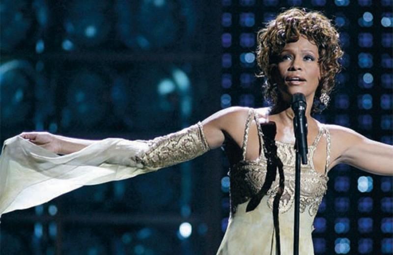 Кто споет в платье Уитни Хьюстон?