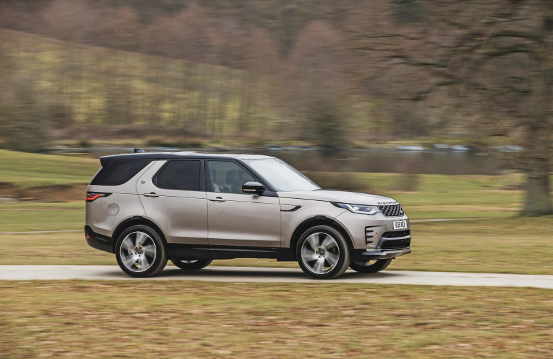 Land Rover Discovery и Audi Q5