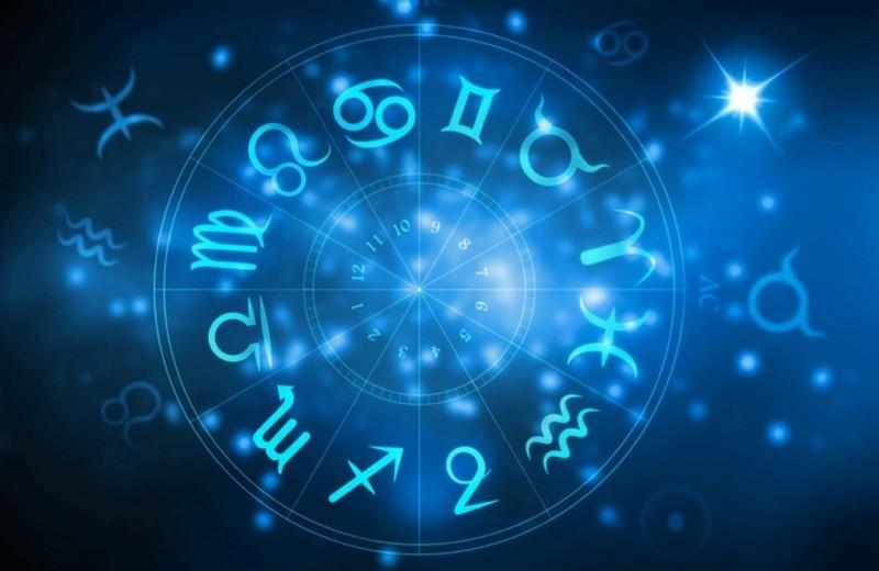 Астрологический прогноз на август