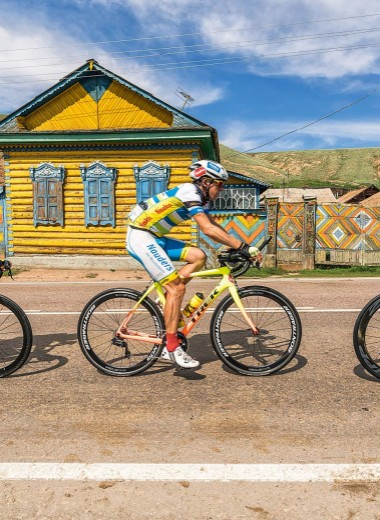 9000 километров и всего два колеса