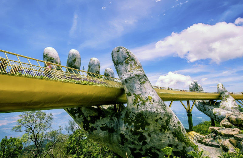 Золотой мост, Вьетнам