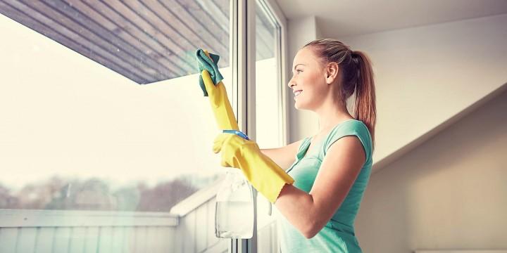 Наводим чистоту на балконе