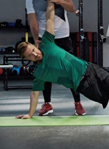 Тренировка здоровой спины с Виталием Истоминым
