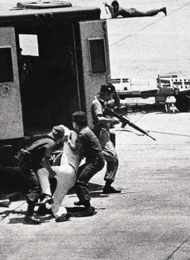 Убийство в манильском аэропорту