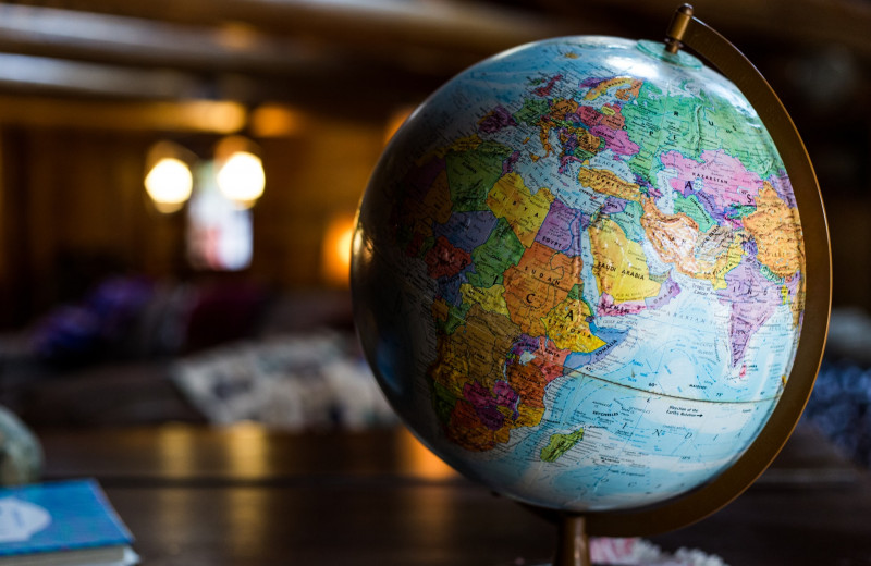 Экономика развития: уроки Восточной Азии и Латинской Америки