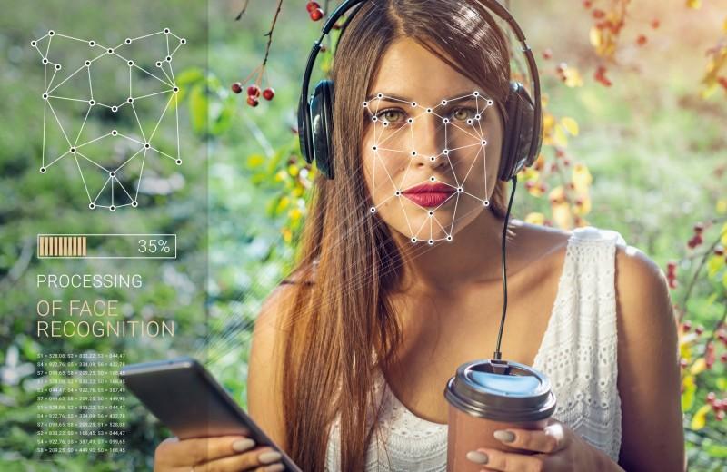 Смартфон 2020: с ИИ в суперсеть