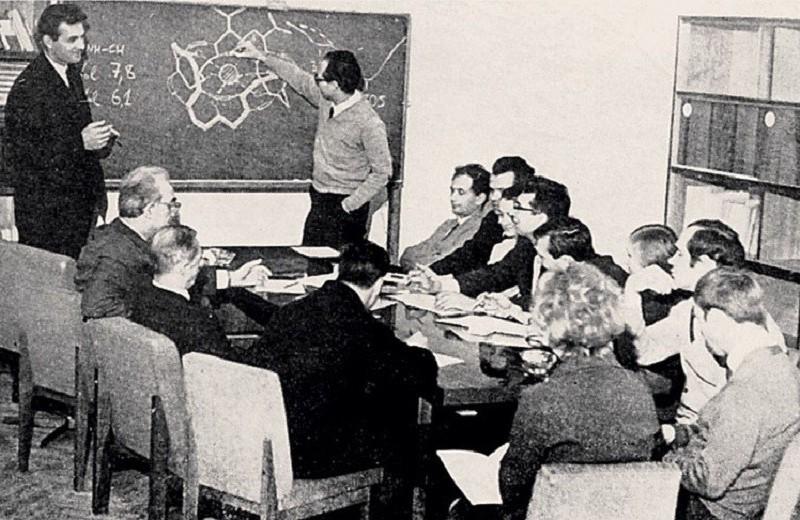 Пептиды — тёмная материя биологии?