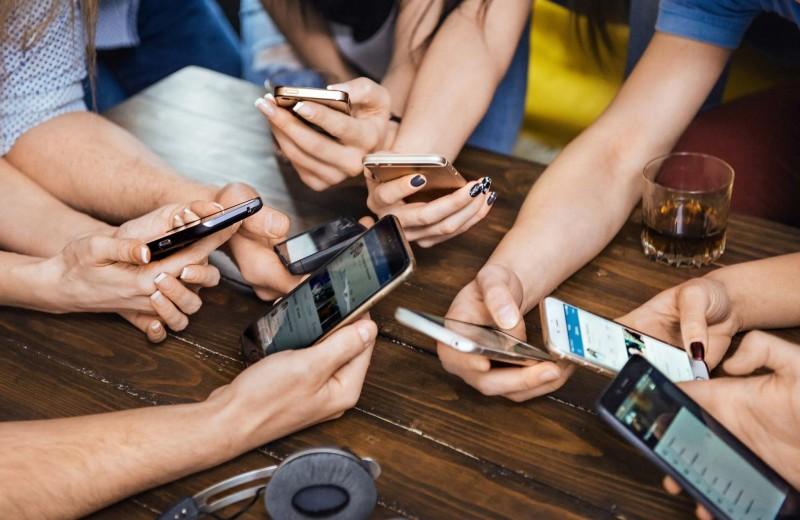 Обзор бюджетных смартфонов