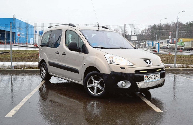 Peugeot Partner Tepee: прагматизм по-французски