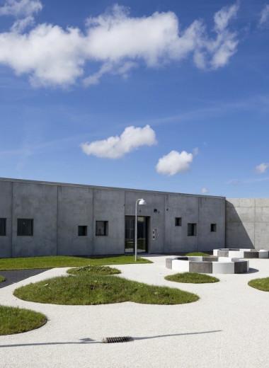 Прекрасная тюрьма будущего